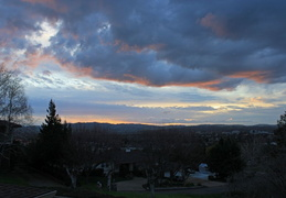 clouds n sunset 20100205 01