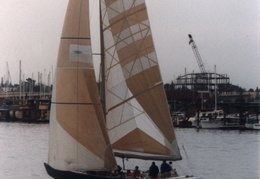 americas cup yachts 1992 32
