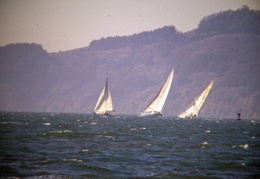 Sailing_On_SF_Bay