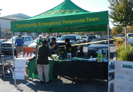 2013 10 home depot emergency preparedness fair 001