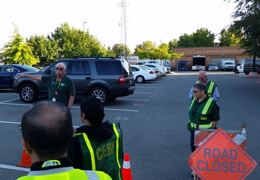 2016_08 CERT Traffic and Crowd Control Managment Class