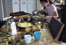 breakfast at cap n adels home 2010 09