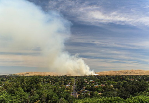 Grass_Fire_At_Naval_Weapons_Station_20190611